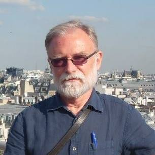 g_300_Piotr-Moszyski.jpg